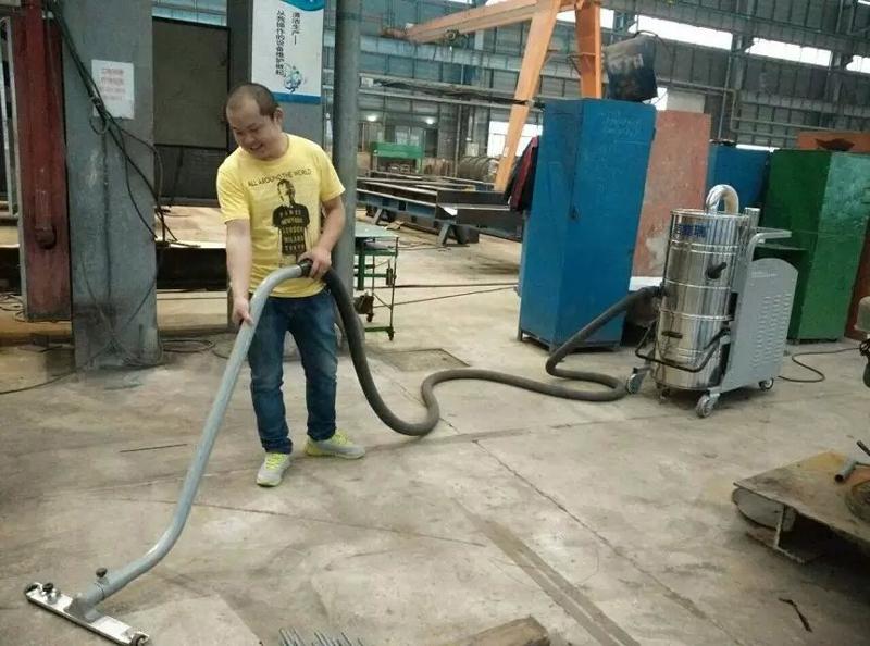 钢构厂粉尘吸尘器